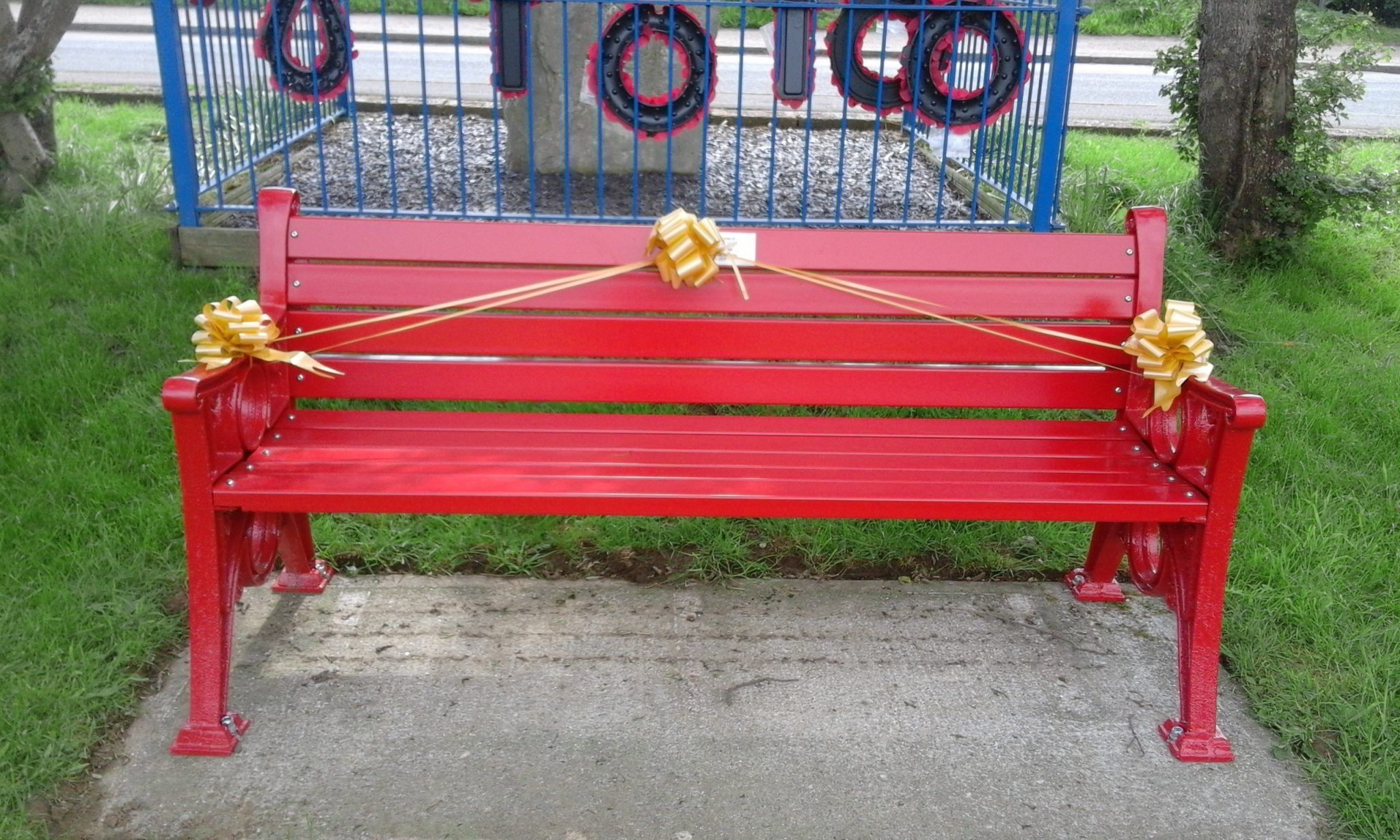 Photograph of the red memorial bench