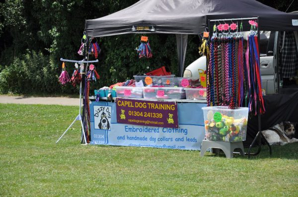 Capel Dog Training stand